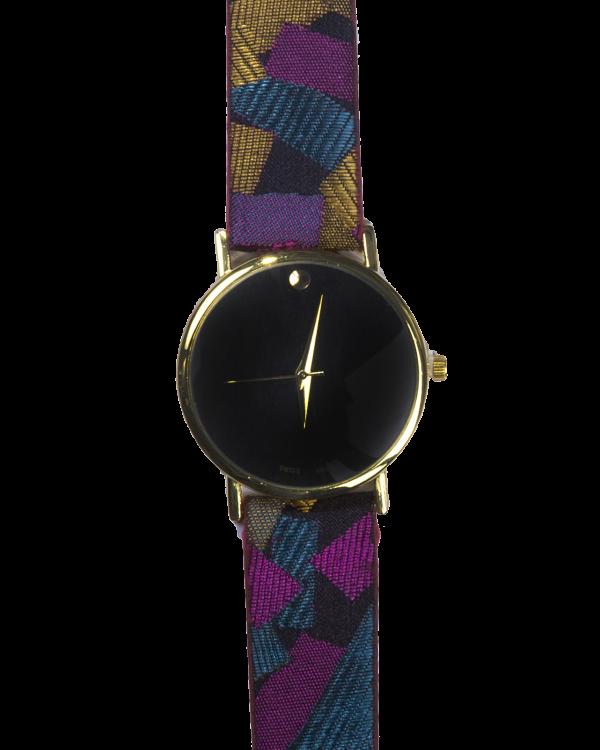 שעון ג'אנגו סגול תקריב